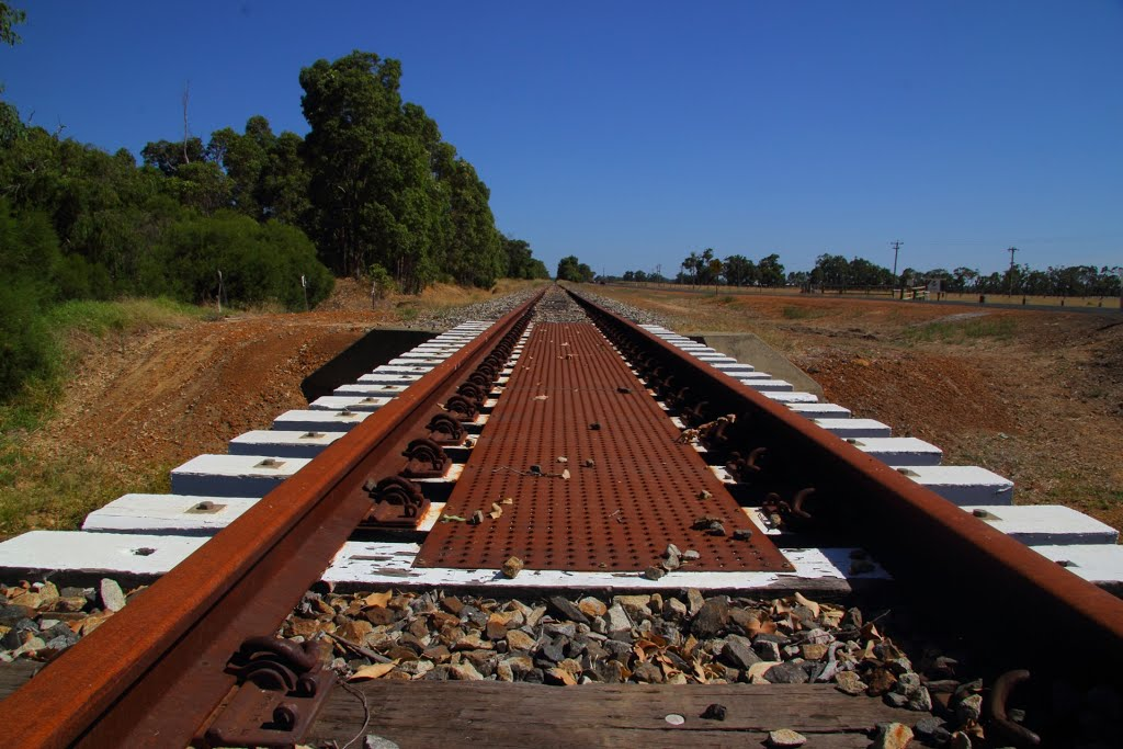 Disused Bunbury-Boyanup line at Crooked Brook.
