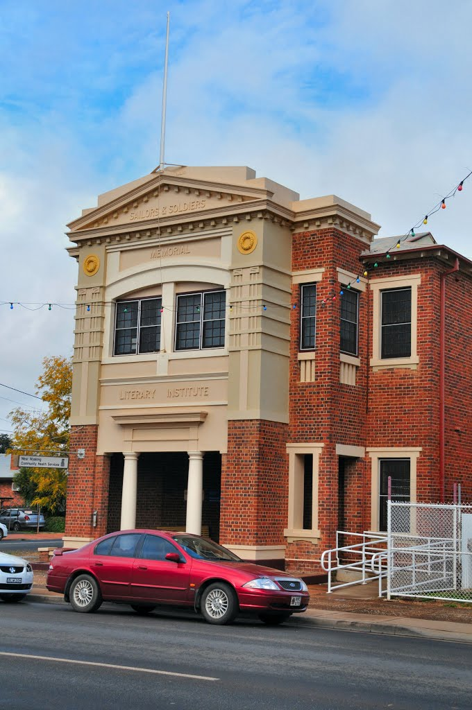Sailors and Soldiers Memorial Literary Institute, now a Health Centre, West Wyalong