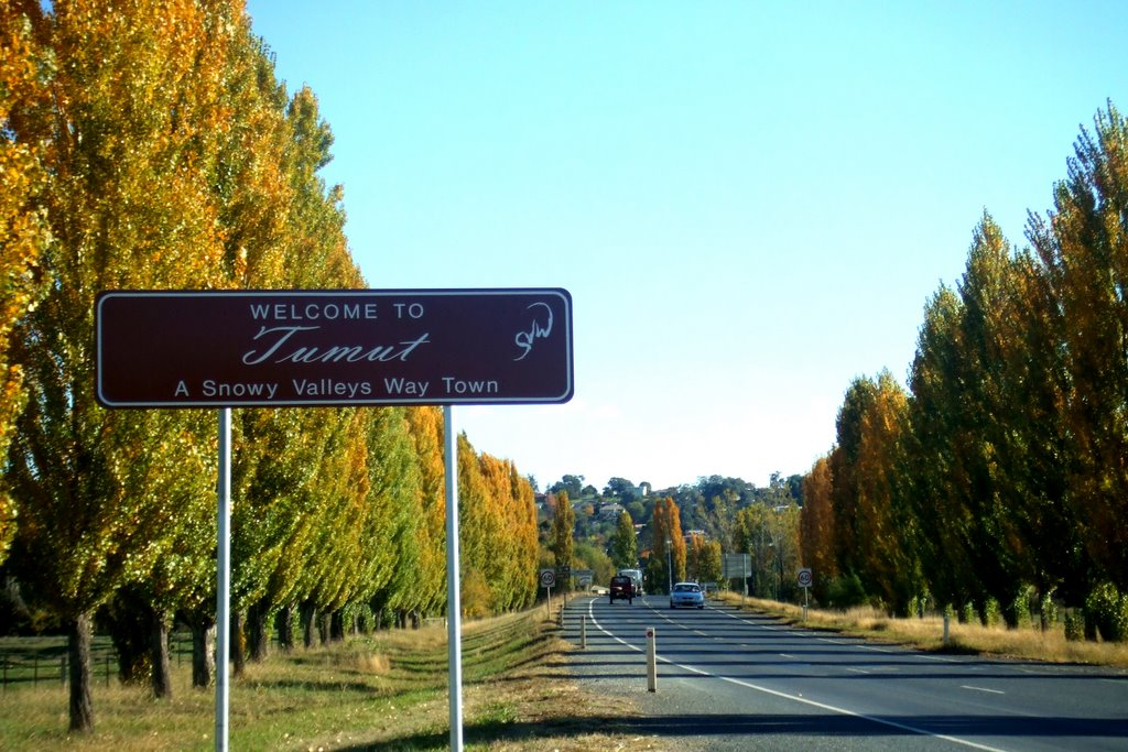 Northern Welcome Sign - Tumut, NSW