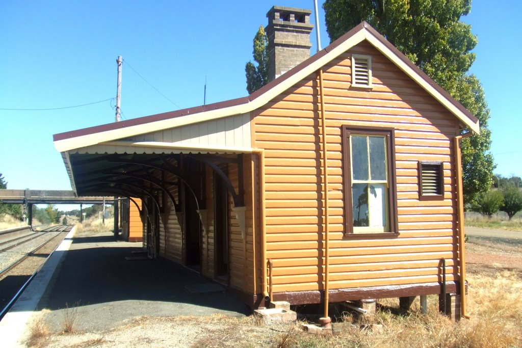 Railway Station - Wallandbeen, NSW