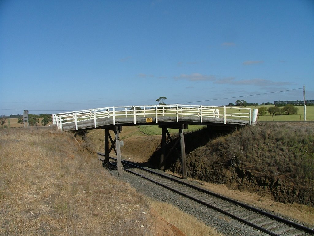 Rail Bridge near Inverleigh